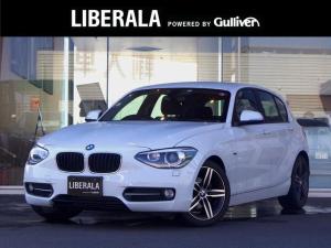 BMW 1シリーズ 116i スポーツ ・純正モニタ付きオーディオCD/ラジオ/AUX・ETC・純正HIDヘッドライト・オートライト・前後フォグライト・オートワイパー・電動格納ウィンカーミラー