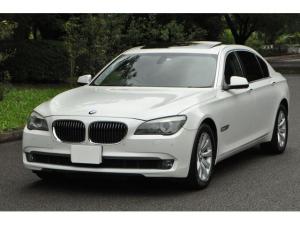 BMW 7シリーズ 740Li 740Li(5名) ロングボディ PUSHスタート スマートキー 黒レザー サンルーフ Bカメラ CDチェンジャー MICHELINタイヤ パワートランク イージーククロージャードア 前後センサー