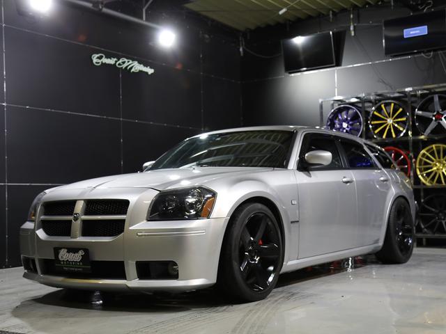 2006年モデル新車並行車 SRT-8 6.1L HEMIエンジン サンルーフ レザーコンビシート 車高調