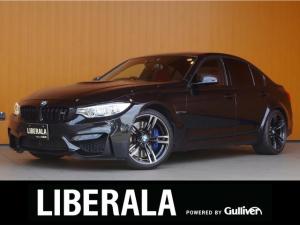 BMW M3 M3 衝突軽減B レーンアシスト 赤革シート パーキングサポートPKG トップビュー 純正ナビ Bカメラ シートヒーター ヘッドアップディスプレイ 純正19インチアルミ LEDライト ETC パドルシフト