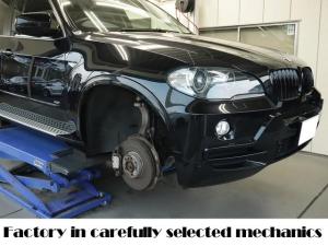 BMW X5 BMW認定中古下取 1オーナー 地下駐車場保管 1年整備保証 BMWディーラーで保証使用できます Mスポ仕様 バッテリー新品 タイヤ新品 低ダストブレーキパッド新品 天張り張替え キドニーグリル ボディ同色塗装 カーボンピラー有  エンジンガスケット全交換済