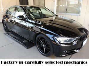 BMW 3シリーズ まずは整備と積み重ねた経験を買って下さい 安心の中古車を 320i スポーツ 6速マニュアル ディーラー下取り車 ガレージ保管 ワンオーナー 新品19インチアルミ 新品タイヤ 新品トランクスポイラー ドラレコ前後 SCHNITZER車高調 ホワイトレザー