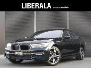 BMW 7シリーズ 740i Mスポーツ インテリジェントセーフティ HUD ACC ジェスチャーコントール 黒レザーシート 全席シートヒーター シートエアコン ステアリングアシスト 360度カメラ 全ドアイージークローズ 純正20インチAW
