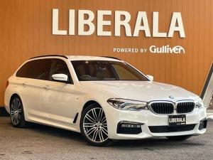 BMW 5シリーズ 523dツーリング Mスポーツ ハイラインPKG イノベーションPKG ジェスチャーコントロール シートヒーター HDDナビ トップビューカメラ HUD ACC 衝突軽減B ステアリングアシスト アンビエントライト 19AW LED