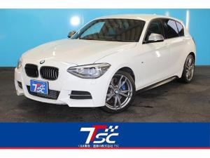 BMW 1シリーズ M135i パーキングサポートPKG/ツインターボ/オートクルーズコントロール/純正HDDナビ/クリアランスソナー/HIDライト/パワーシート/バックカメラ/Bluetooth接続/ETC/スマートキー/禁煙車