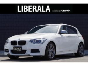 BMW 1シリーズ M135i サンルーフ 黒革 コンフォートアクセス