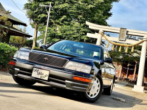 トヨタ セルシオ B仕様 eRバージョン 中期モデル/マルチ無し/黒革シート/サンルーフ/フルノーマル/サイドエアバッグ/自動防眩ミラー/コーナーセンサー/左右独立エアコン/リバース連動ドアミラー