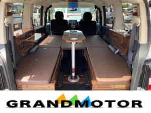 三菱 デリカD:5 シャモニー キャンピングカー 新規架装 車中泊 4WD カーテン ルーフキャリア 後席モニター
