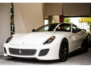 フェラーリ 599 GTO 世界限定車 ディーラー車 OPカーボン 20AW
