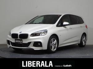 BMW 2シリーズ 218dグランツアラー Mスポーツ アドバンスドアクティブセーフティPKG/茶革/ACC/衝突軽減ブレーキ/ETC/HUD/純正ナビ&リアカメラ/パワーシート/ シートヒーター/電動リアゲート/純正17インチAW/コーナーセンサー