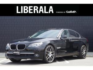 BMW 7シリーズ 740i サンルーフ 黒革シート 純正ナビ TV バックカメラ 社外22インチアルミホイール 電動リアゲート パワーシート メモリーシート 全席シートヒーター イージークローザードア ETC