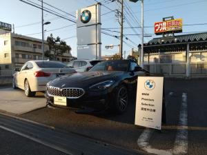 BMW Z4 sDrive20i スポーツ マグマレッドヴァーネスカレザー