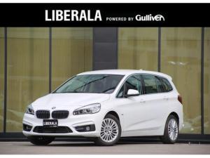 BMW 2シリーズ 218iグランツアラー ラグジュアリー ACC黒革シート前席パワーシートシートヒーターLEDヘッドライト HUDETCインテリジェントセーフティ衝突警告歩行者警告車線逸脱警告純正HDDナビバックカメラ