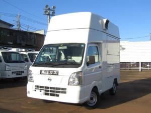 日産 NT100クリッパートラック  DX・移動販売・キッチンカー・2WD・AT・外部電源付・たこ焼き機材・冷蔵庫・換気扇・シンク付