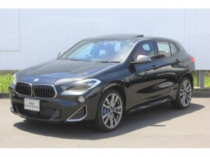 BMW X2 M35i サンルーフ前車追従デモカー赤レザーヘッドアップD