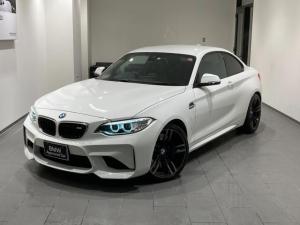 BMW M2 ベースグレード 弊社下取車両 黒レザーシート ハーマンカードン シートヒーター 19インAW バックカメラ HDDナビ LEDヘッドライト 後方センサー コンフォートアクセス