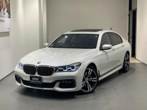 BMW 7シリーズ 740i Mスポーツ 弊社下取 1オーナー禁煙 20インチアルミ サンルーフ コニャックレザー シートベンチレーション ハーマンカードン ヘッドアップディスプレイ トップビューカメラ 全方位センサー レーザーヘッドライト