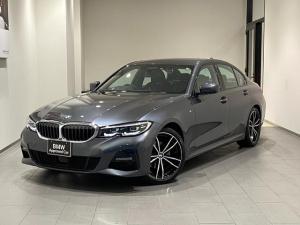 BMW 3シリーズ 320i Mスポーツ デビューパッケージ ブラックレザーシート コンフォートパッケージ シートヒーター 電動トランク アクティブクルーズコントロール 弊社下取車 1オーナー 19インチAW パーキングアシスト 禁煙