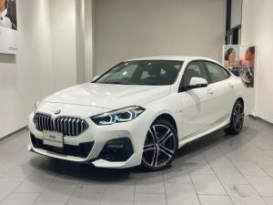 BMW 2シリーズ 218iグランクーペ Mスポーツ アクティブクルーズコントロール 弊社デモンストレーションカー 禁煙車 18インチAW 電動ハーフレザーシート パーキングアシスト バックカメラ 衝突被害軽減ブレーキ Bllutooth LED