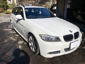 BMW 3シリーズ 325iツーリング Mスポーツパッケージ iDrive ナビ パノラマルーフ 17インチAW HID コンフォートアクセス