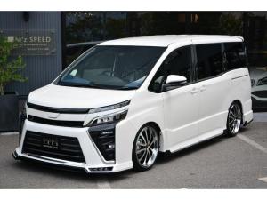 トヨタ ヴォクシー ZS7人ZEUS新車コンプリートカー ダウンサス 18AW