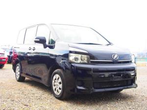 トヨタ ヴォクシー 2.0X