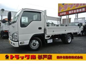 いすゞ エルフトラック 積載2トン 全低床平床 4ナンバー 距離無制限1年保証