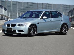 BMW M3 M3 7速DCT 純正18インチAW シートヒーター パワーシート レザーシート パークディスタンスコントロール