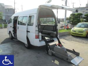 日産 キャラバンバス 福祉車両 2.5チェアキャブ 10人乗り M仕様 車椅子2基