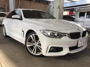 BMW 4シリーズ 435iグランクーペ Mスポーツ Mスポーツ・革シート・サンルーフ・ターボ車・ナビ・ETC・衝突被害軽減システム・バックモニタ・フルセグ・HID・オートエアコン・クルーズコントロール・AW・ABS・GOO鑑定付き。
