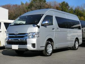トヨタ ハイエースワゴン グランドキャビン 4WD 寒冷地仕様 パワースライドドア トヨタセーフティセンス 10人乗り