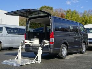 トヨタ ハイエースバン ロングスーパーGL 4WD ディーゼルターボ パワーリフト付 最大昇降能力300kg 荷室床面板張り