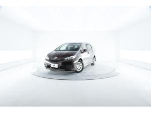トヨタ ウィッシュ 1.8X HIDセレクション 特別仕様車 3列 HIDヘッド 純正SDナビ ETC