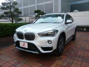 BMW X1 xDrive 18d xライン ワンオーナー・走行7000キロ・ヒーター付黒革シート・ガラスルーフ・純正ナビ・ミラー内臓ETC・バックカメラ・ヘッドアップディスプレイ・18AW