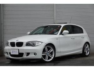 BMW 1シリーズ 130i サンルーフ黒革ナビTV18アルミ 1年保証 最終モデル