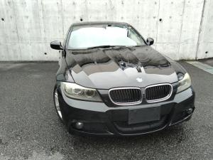 BMW 3シリーズ 320i Mスポーツパッケージ 後期・6速MT・アルカンターラコンビシート・D席P席パワーシート・純正ナビ・Wエアコン・納車前タイヤ4本+クラッチ新品交換