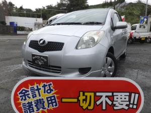 トヨタ ヴィッツ キーレス付き 記録簿付き CD再生 Wエアバッグ ABS