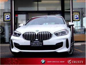 BMW 1シリーズ 118i Mスポーツ ディーラー下取車 新車保証 ナビゲーションPKG 純正18AW 純正フルエアロ Dアシスト 自動追従 ライブコックピット HDDナビ ブルートゥース スマートキー LEDヘッドライト Pリアゲート