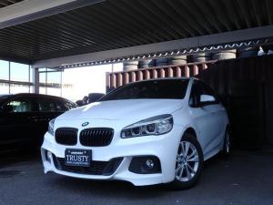 BMW 2シリーズ 218iアクティブツアラー Mスポーツ 純正フルエアロ LEDヘッドライト ブラックグリル リアフィルム マルチステアリング アルカンターラスポーツシート HDDナビ ミュージックサーバー ブルートゥース ミラーETC アイドリングストップ
