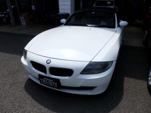 BMW Z4 ロードスター2.5i 後期モデル 電動オープン 純正17インチAW アイボリーレザー HDDナビ ETC シートヒーター 記録簿