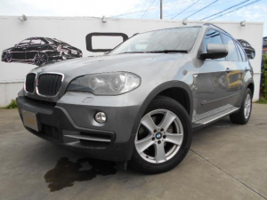 BMW BMW X5 3.0si黒革シート パワーシート シートヒーター 4WD