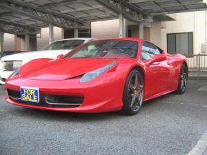 フェラーリ 458イタリア ベースグレード 20インチアルミカーボンドライビングゾーンLEDハンドルカーボンブレーキ