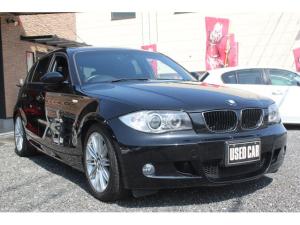BMW 1シリーズ 120i Mスポーツパッケージ 後期 ハーフレザーPWシート HID フルオートエアコン キーレス&Pushスタート ETC 16AW DSC CBC