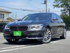 BMW 7シリーズ 740i ☆装備品☆純正ナビ・全周囲モニター・地デジ・サンルーフ・本革シート・スマートキー・プッシュスタート・パワーバックドア・20インチアルミホイール・ETC・LEDヘッドライト・フォグ