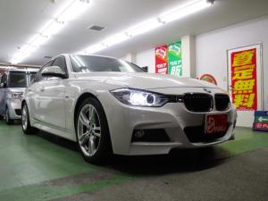 BMW 3シリーズ 320i Mスポーツ 黒革シート
