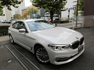 BMW 5シリーズ 523d ラグジュアリー 正規ディーラー下取車 1オーナー 禁煙車 新車保証継承 サービスPKG車 ガレージ保管車 アイボリー本革シートヒーター HDDナビTV Bカメラ 全周囲カメラ 前後ドラレコ ACC ETC 18AW