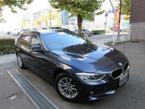 BMW 3シリーズ 320dツーリング 正規ディーラー下取車 1オーナー 禁煙車 正規ディーラー記録簿4枚完備 走行27650K HDDナビ バックカメラ バックセンサー ACC クルコン 5面フィルム貼り ドアバイザー 電動ゲート ETC