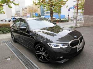 BMW 3シリーズ 320d xDrive Mスポーツ 正規ディーラー入庫車 新車保証継承 禁煙車 11197キロ HDDナビ バックカメラ 前後センサー 全周囲カメラ ACC クルコン 電動ゲート 黒革シートヒーター コンフォートアクセス USB ETC