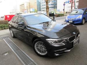 BMW 3シリーズ 320iラグジュアリー 正規ディーラー下取車 禁煙車 ボディーコーテング施工歴有り 記録簿5枚完備 茶革ヒーター HDDナビ Bカメラ Bセンサー 3面フィルム貼 前後ドラレコ ETC Sキー 2020年製ポテンザRFタイヤ