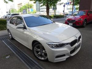 BMW 3シリーズ 320i Mスポーツ 正規ディーラー下取車 1オーナー 禁煙車 正規ディーラー記録簿6枚有り ガレージ保管車 HDDナビ Bカメラ Bセンサー クルコン ドライビングアシスト フィルム貼り ドラレコ コンフォートアクセス